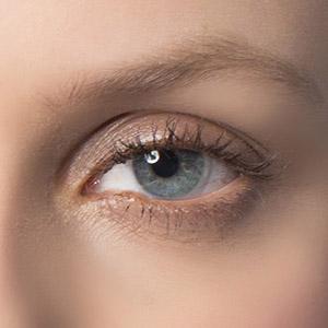 Under eye hollowness